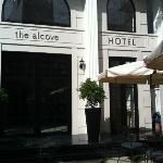 Foto van The Alcove Library Hotel