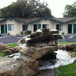  Fountain at center of motel parking