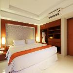 ‪Adhi Jaya Sunset Hotel‬