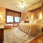 ‪Birmingham Manor Bed and Breakfast‬