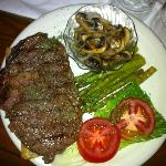  ribeye with mushroom &amp; asparagus