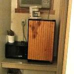 Kitchenette? Coffee maker right in front of dirty window unit AC
