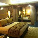 TIME Grand Plaza Hotel resmi
