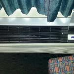  vents on the A.C. in our room were broken