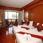 Beach House Samui Hotel