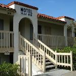 Motel Villa Mar is family-owned and operated in Encinitas, CA. Since our motel opened its