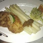  Frischer Spargel mit Schnitzel