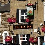  Pilot Inn
