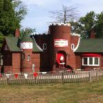  Santa&#39;s Candy Castle