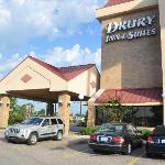  Outside entrance Drury Memphis