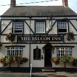  Falcon Inn