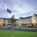 Candlewood Suites Detroit/Warren