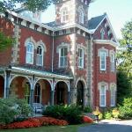  VRI is a pleasant shady 5-min walk from &quot;downtown&quot; Gananoque and the riverfront.