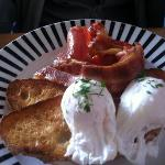 poached eggs & bacon