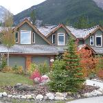 Mountain Lily Bed & Breakfast