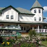 Chez Dube Country Inn