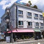 Kawaguchiko Station Inn