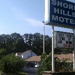 Exterior View of Shore Hills Motel
