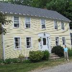 Photo de Currier's House Bed and Breakfast