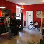 صورة فوتوغرافية لـ ‪Red Lounge Hostels Niagara Falls‬