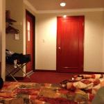  room at Metro Plaza LA