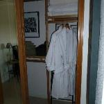 Expedition Room Closet and Welcome Robes