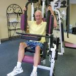  Using the exericse equipment in the fitness room