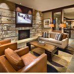 Tahoe Mountain Resorts Lodging One Village Placeの写真