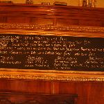 La lavagna del pub. The pub blackboard