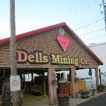  Dells Mining