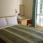 Double room (1 bed for 2 people)