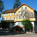 Des Lacs Hotel