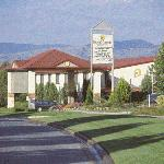 Country Comfort Greenway Hotel