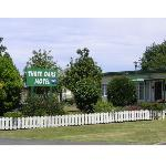 Three Oaks Motel