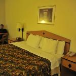 Foto de Days Inn & Suites - Castle Rock