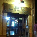 Foto de United Bar and Restaurant