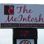 صورة فوتوغرافية لـ ‪McIntosh Country Inn & Conference Centre‬