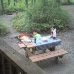  Small picnic table and fire pit in front of the cabin.