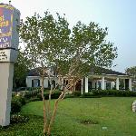 BEST WESTERN PLUS Richmond Inn & Suites