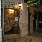 Puerta del restaurante