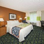 Fairfield Inn And Suites By Marriott Brunswick Freeport