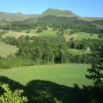  Vue sur les monts du cantal