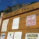 Trailhead at end of Mountain Road