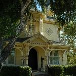 The Victorian Mansion at Los Alamos照片