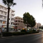 Chrysanthos Boutique Apartments resmi