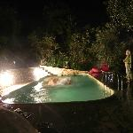  Der Pool bei Nacht