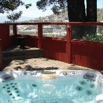  Hot tub overlooks Arroyo Seco