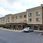 Foto van Holiday Inn Express Hotel & Suites Lewisburg