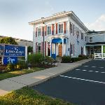‪BEST WESTERN PLUS Lawnfield Inn & Suites‬