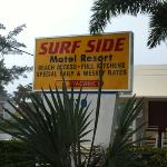 Surfside Resort resmi